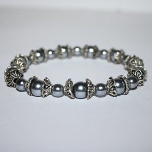 """Silver and gray bead bracelet 7"""""""